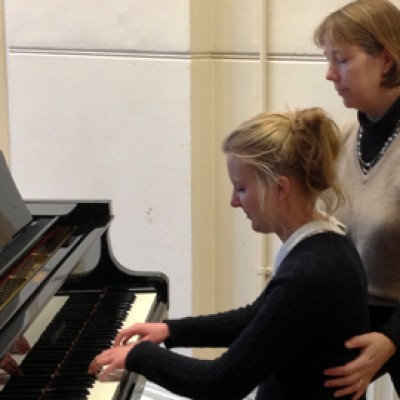 Susannah Baker working with a pianist